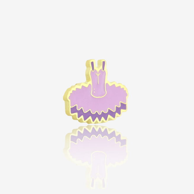 Ręcznie malowany pin w wykończeniu złoto błysk tiulowa sukienka baletnicy, tutu od producenta metalowych pinów od Pinswear