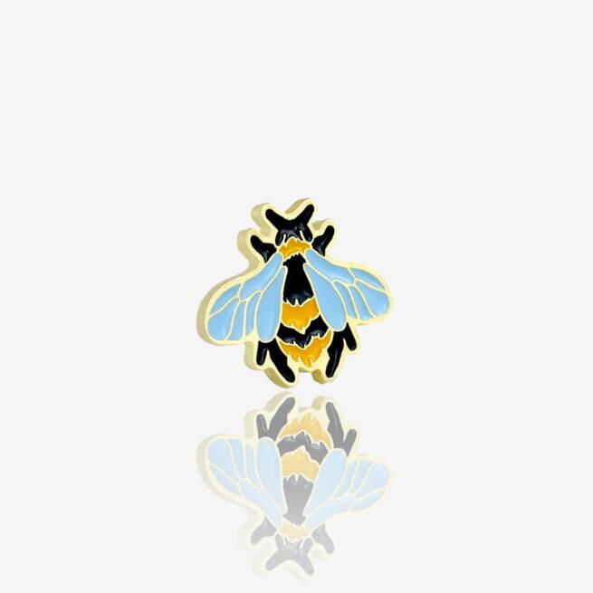 Ręcznie malowany pin w złoto błysku owad trzemiel od producenta metalowych pinów od Pinswear