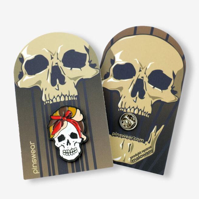 Ręcznie malowne pinsy czaszka damska pin up girl od producenta metlowych pinów od Pinswear
